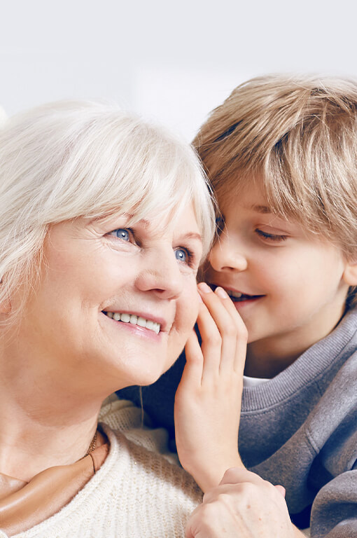 Oma und kind hörgeräte