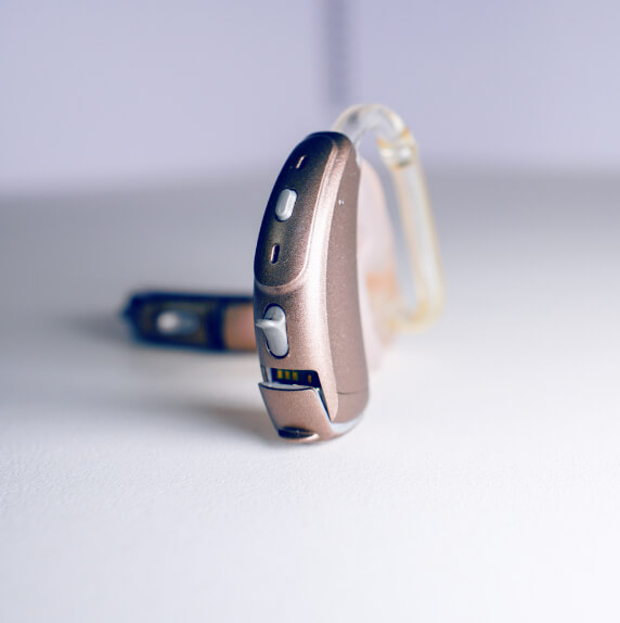 Hörgeräte braun gegen Tinnitus