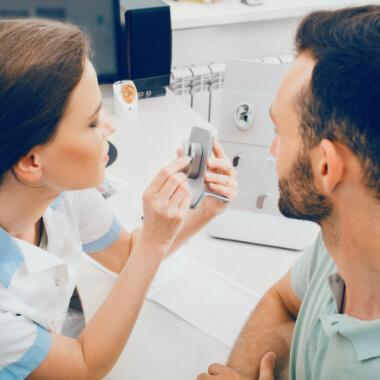 Hörgeräte Ärztin